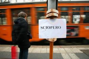 752364 FOTO DI ARCHIVIO, SIMBOLICHE DI SCIOPERO TRASPORTO URBANO