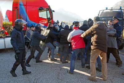 Trento martinelli trasporti licenzia 70 autisti for Martinelli trento